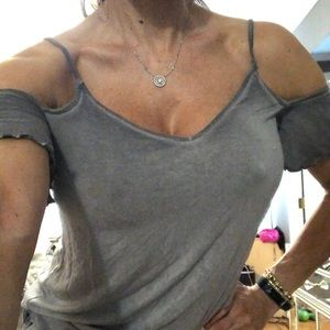 A E O gray cold shoulder top